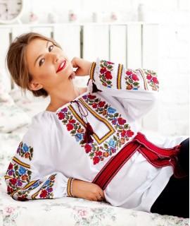 Женская вышиванка  Екатерина